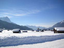Hütten im Schnee - perfekt für Silvester